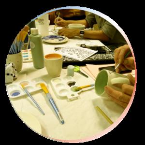 Vignette ronde atelier peinture sur céramique